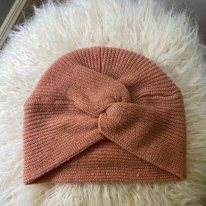Anthropologie women's knot style beanie